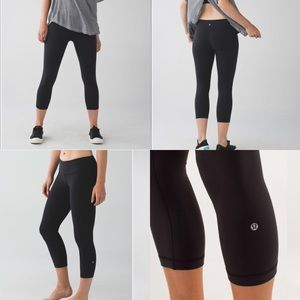 Lululemon reversible wunder under Crop size 2